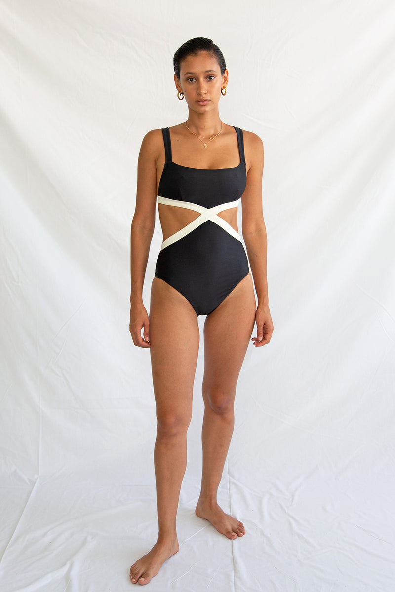 Braxton One Piece Noir