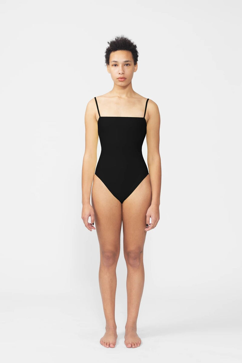 Straight One Piece Black