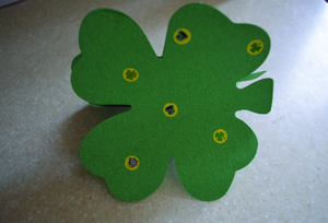 3D Four Leaf Clovers