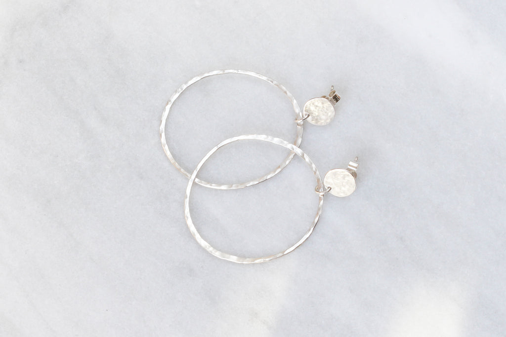 Disc pebble hoop earrings XL