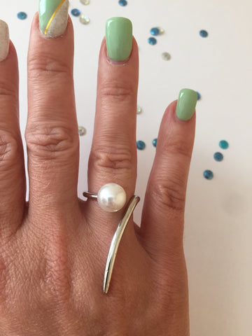 Oda Pearl Silver Ring - MeTimeBoutique