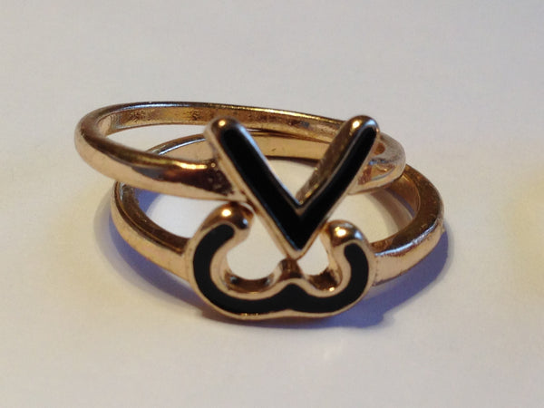 V 3 Ring - MeTimeBoutique