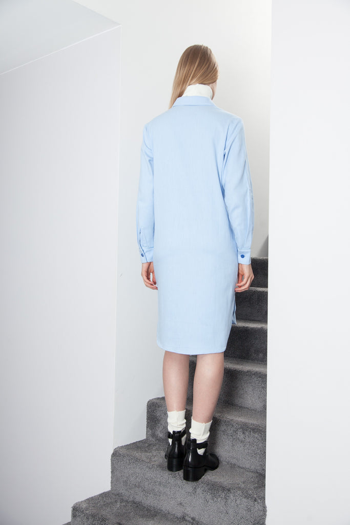 MID LONG BOYFRIEND DRESS SKY BLUE