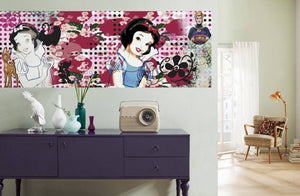 Komar Charming Snow White Fotobehang 202x73cm | Yourdecoration.be