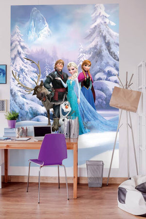 Komar Frozen Winter Land Fotobehang 184x254cm | Yourdecoration.be
