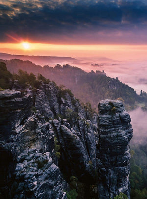 Wizard+Genius Sunrise On The Rocks Vlies Fotobehang 192x260cm 4-banen | Yourdecoration.be