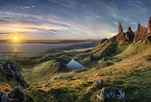 Wizard+Genius The Old Man of Storr Vlies Fotobehang 384x260cm 8-banen | Yourdecoration.be