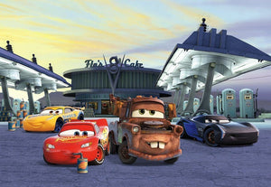 Komar Cars 3 Station Fotobehang 368x254cm 8-delig | Yourdecoration.be