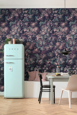 Komar Botanique Aubergine Vlies Fotobehang 300x280cm 6-banen Sfeer | Yourdecoration.be
