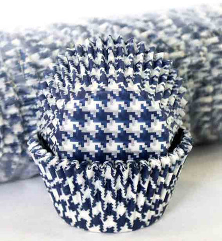 408 HOUNDS TOOTH BLUE PATTY CAKE (500)