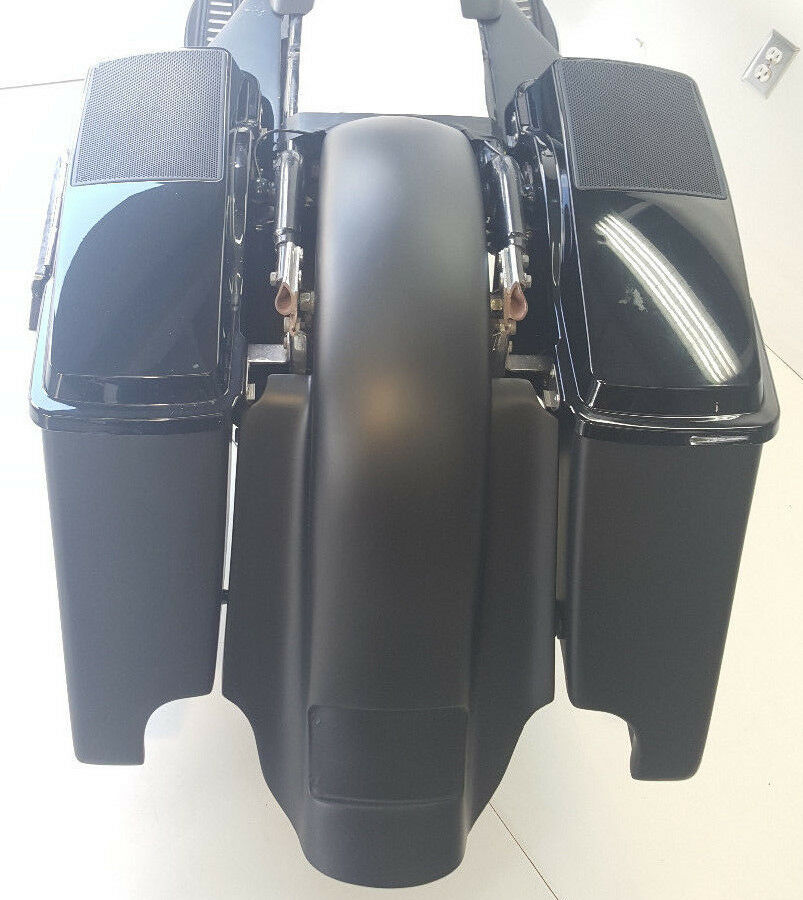 "Harley Davidson 6x9 #2 Lids Saddlebags 4""/Fender Dual Exh.  Replacement Flh"