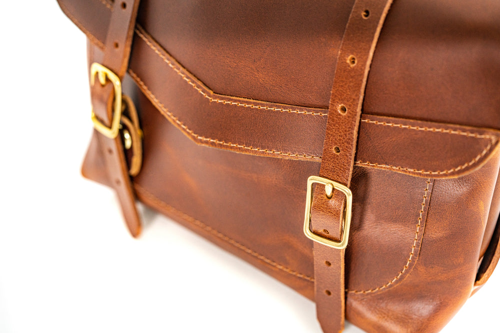 The Ivy Mini Messenger- Antique Tan