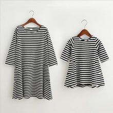 Load image into Gallery viewer, Casual Striped Dresses