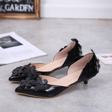 Load image into Gallery viewer, Women Aquare Heel Pumps