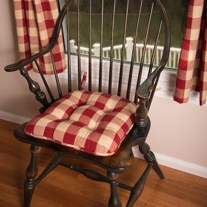 "Buffalo Check Red and Tan 16"" x 16"" Cotton Cushioned Chair Pad by Primitive Home Decors"