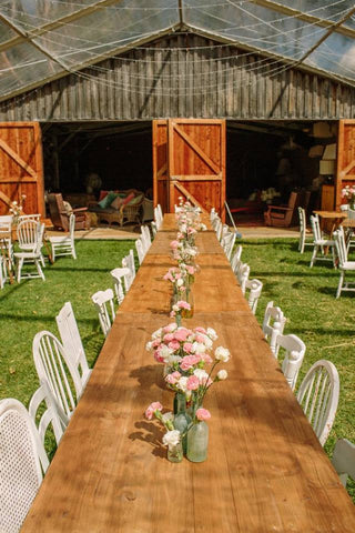 barn wedding by the Golden Dandelion