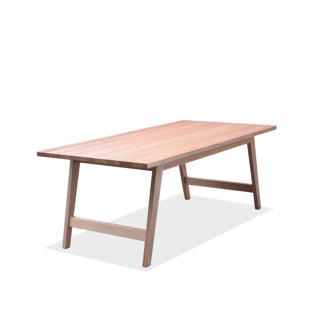 Clarence Table