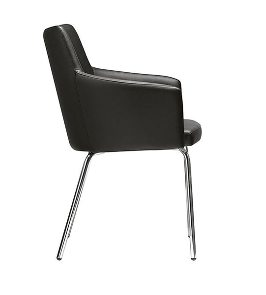 Marka 566 tub chair