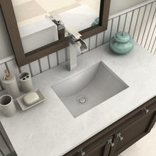 Load image into Gallery viewer, ZLINE Eagle Falls Bath Faucet