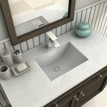 Load image into Gallery viewer, ZLINE South Lake Bath Faucet in Chrome (31-0303-CH)