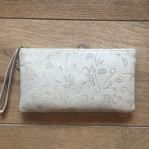 Monmouth clutch: Cream floral