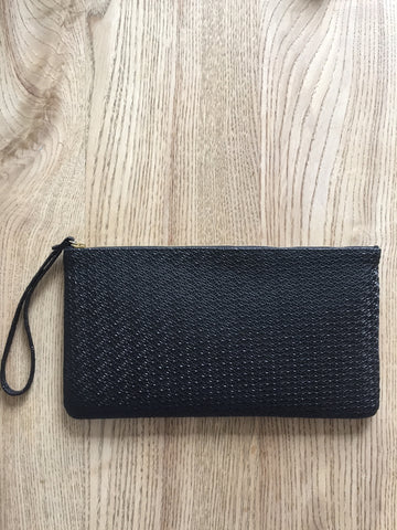 Monmouth Clutch: Black crochet