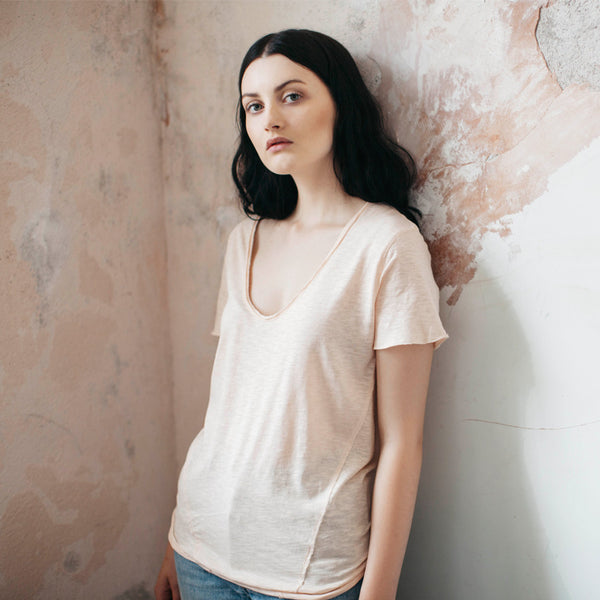 Sennen V-neck T-shirt - Peach - Hawthorn and Co - 2