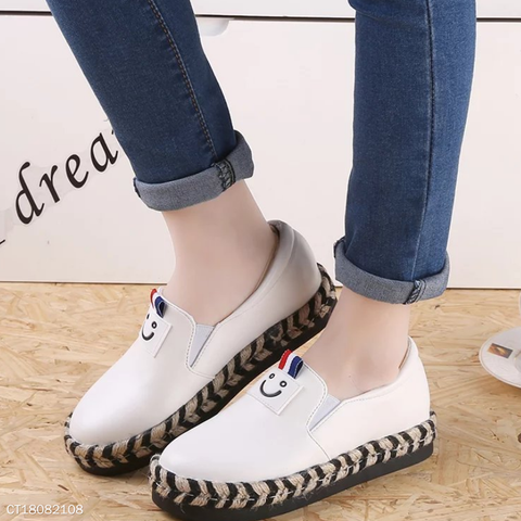 Autumn Smile Face Casual Women Slip On Round Toe Flats