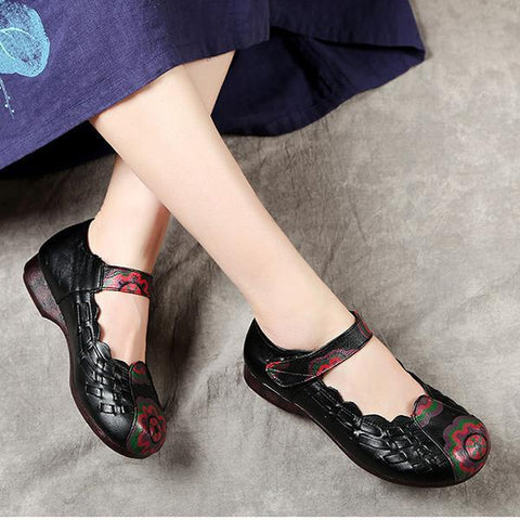 Hand-Knit Ethnic Flat Shoes