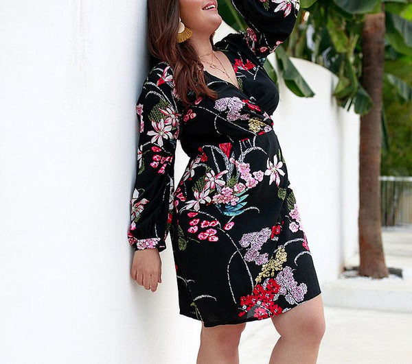 Sexy V Neck Loose Plus Comfortable Long Sleeve Printed Colour Mini Dress