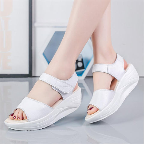 Fashion Wild   Casual Leather Platform Sandals