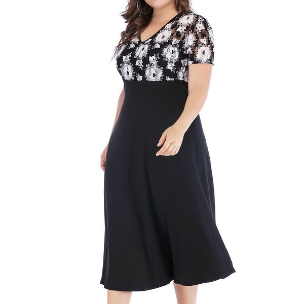 Woman Size Short Sleeve V Collar Black And White Lace High Waist Dress