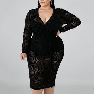 Plus Size Sexy V Neck Striped Lace See-Through Package Buttocks Dress
