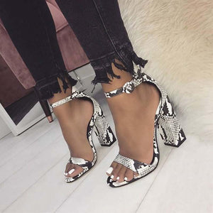 Chunky Heel Buckle Pointed Toe Casual Color Block Sandals