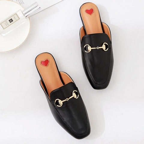 Large Metal Clasp Flat Bottom Cold Slippers