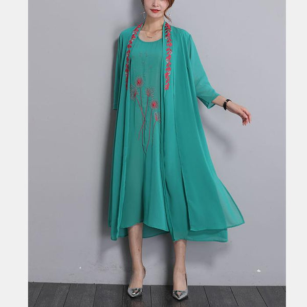 Plus-size fashion embroidered two piece suit long sleeves dress