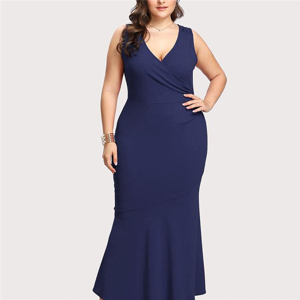 Plus-Size Pure Color V-Neck Lace Dress