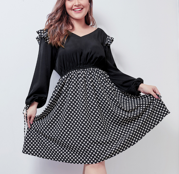Plus-Size Wave Point Splicing V Collar Bubble Sleeve Dress