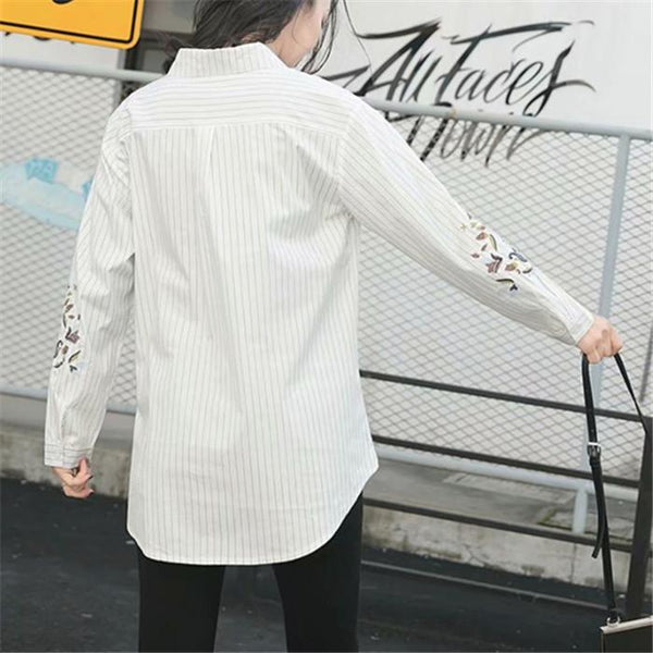 Plus-size fashion striped embroidered shirt