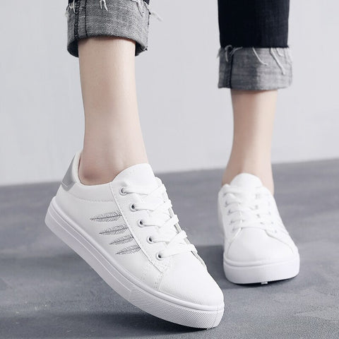 White PU Leather Women Sneakers Shoes Comfortable Lace Up Tenis Platform Women Casual Shoes