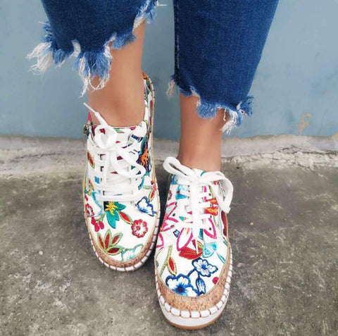 Women Fashion Embroidered Flat  Flower Sneaker Women's Vulcanized Ladies Casual Lace Up Female