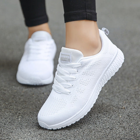 Fashion breathable white sneakers for women lace up casual sports walking shoes