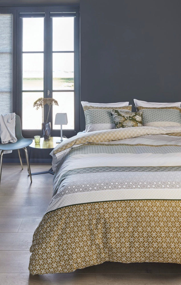 Champagne Duvet Cover + 2 Shams