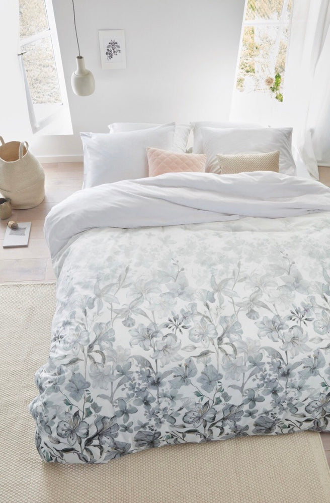 Zena Duvet Cover + 2 Shams