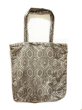 Load image into Gallery viewer, Retro print velvet tote bag