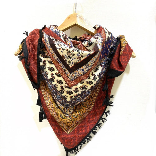 Boho square scarf with tassels (light flannel)