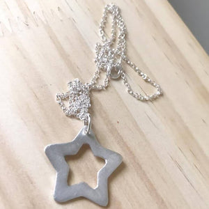 Solid silver star pendant