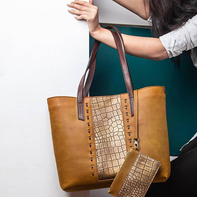 Walnut MARJAN Tote Bag