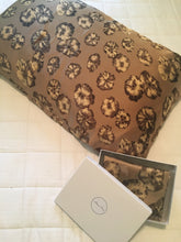 Load image into Gallery viewer, Pure Silk Pillowcase - Warm Brown Floral