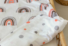 Load image into Gallery viewer, Double Sided Duvet Cover Set - Rainbow/Circles (toddler/crib size)